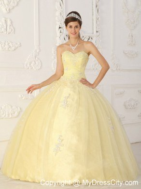 c415a1f8c09 Tulle Appliques Sweetheart Light Yellow Quinceanera Dresses For Cheap ...
