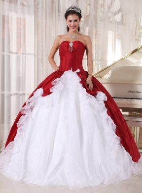 Red And White Ball Gown Sweetheart Floor Length Organza And Taffeta Beading Quinceanera Dress