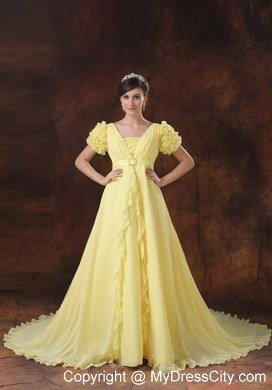 Square Neck Short Sleeves Chapel Train Maternity Wedding Dress In Yellow