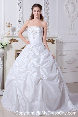 Beautiful Princess Strapless Embroidery Wedding Dress with Court Train