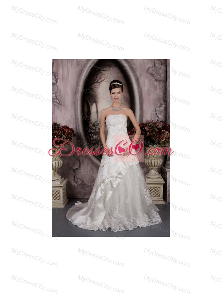 2013 Best A-line Strapless Lace Appliques Wedding Dress for Outdoor