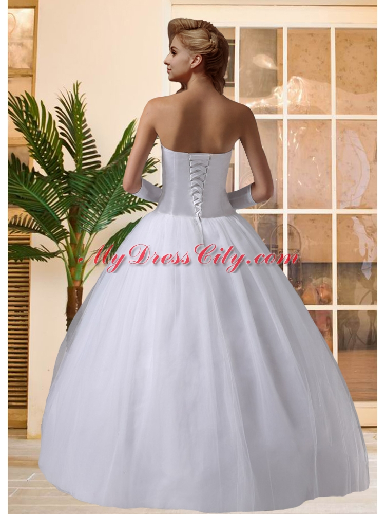 Beautiful puffy sweetheart lace up beading wedding dresses Beautiful puffy wedding dresses