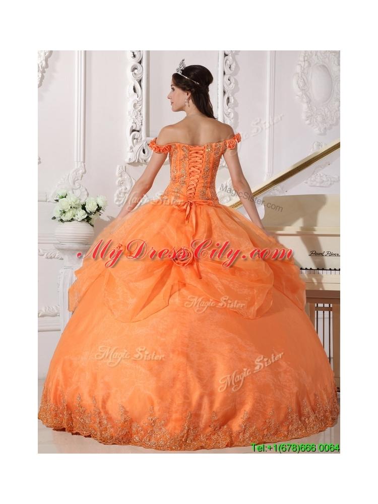 2016 Designer Off The Shoulder Quinceanera Dresses With