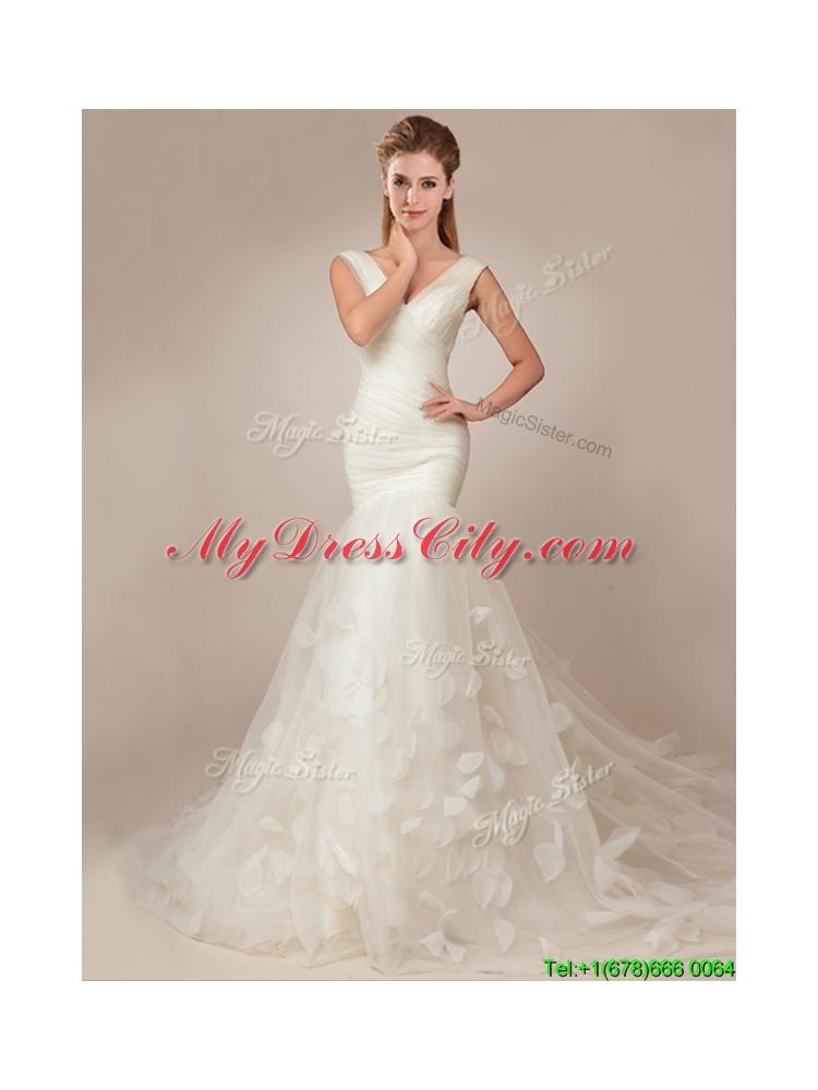 Flirting fitted mermaid deep v neckline wedding dresses for Fitted mermaid wedding dresses