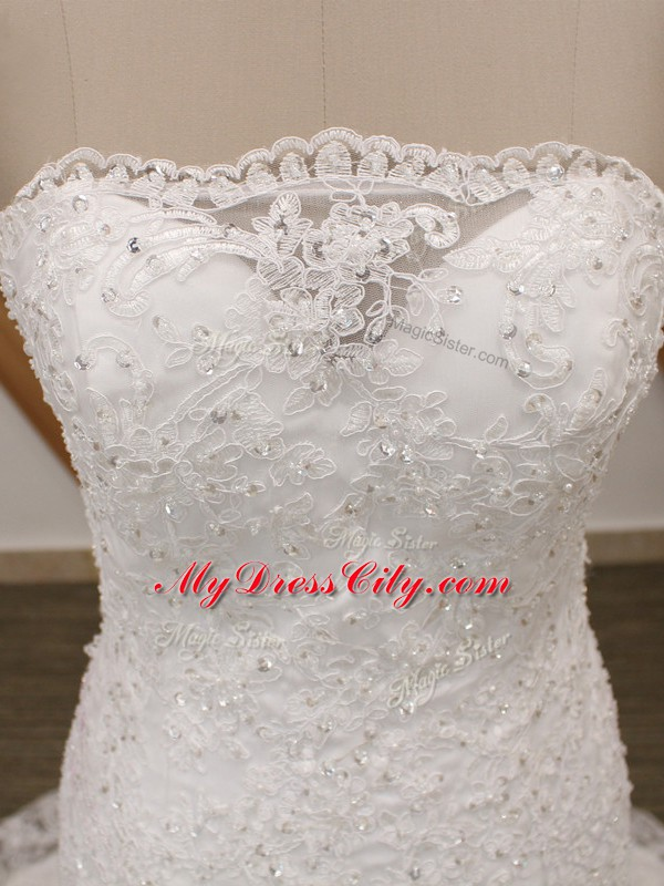 Top Selling White Sleeveless Tulle Brush Train Lace Up Wedding Gown for Wedding Party