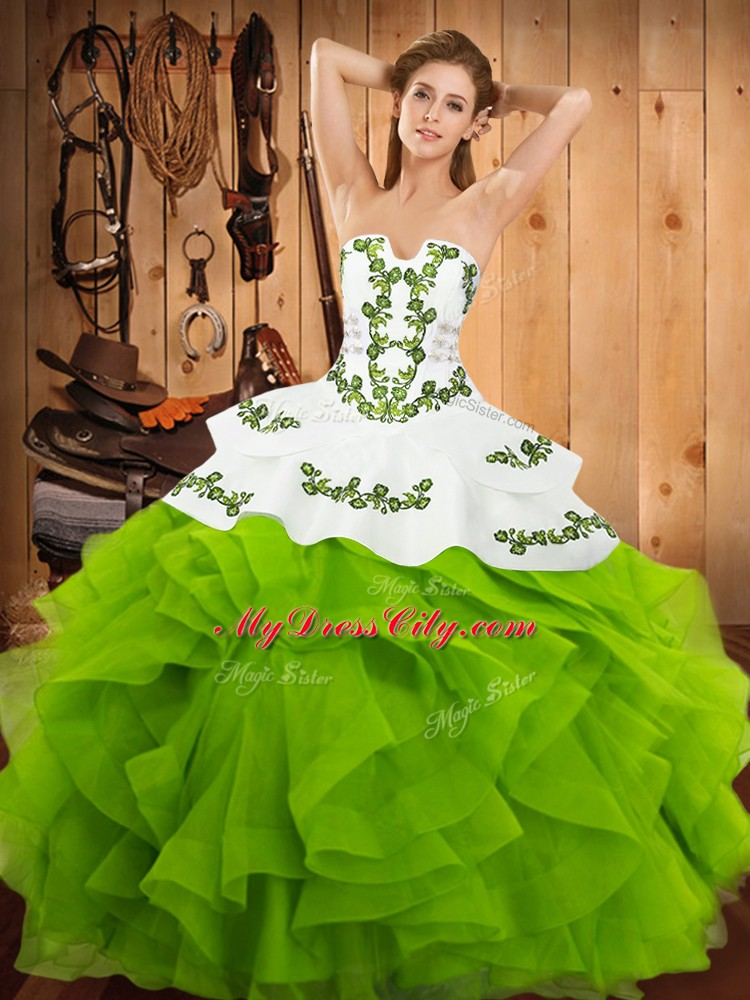 Quinceanera Dresses Party and Military Ball and Sweet 16 and Quinceanera with Embroidery and Ruffles Strapless Sleeveless Lace Up