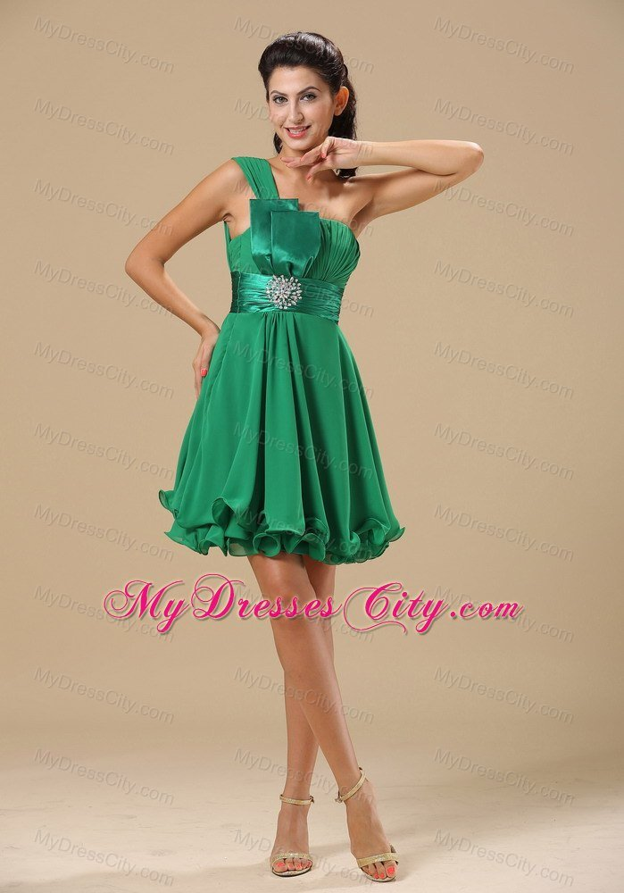 Asymmetrical short layered flouncing hemline bridesmaid for Wedding dresses asymmetrical hemline