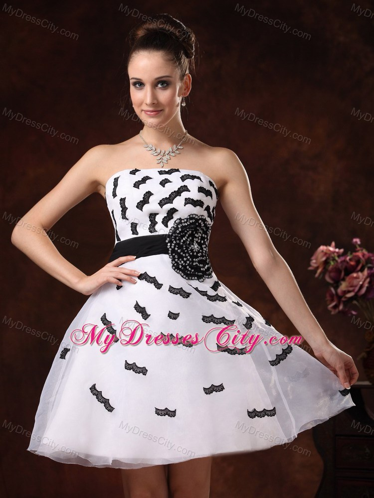 Black Appliques Mini White Homecoming Dress with Flower Belt ...