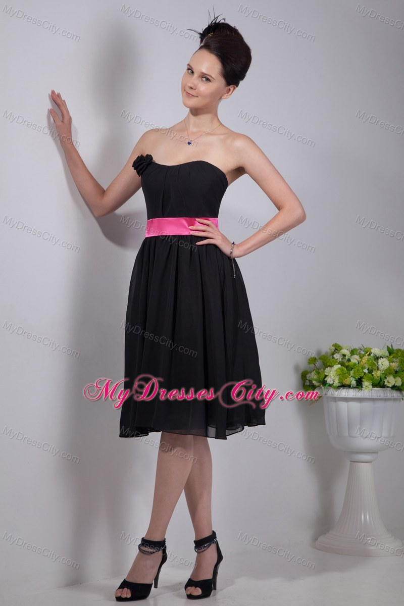 Empire strapless chiffon short bridesmaid dresses with pink sashes black empire strapless chiffon short bridesmaid dresses with pink sashes ombrellifo Gallery