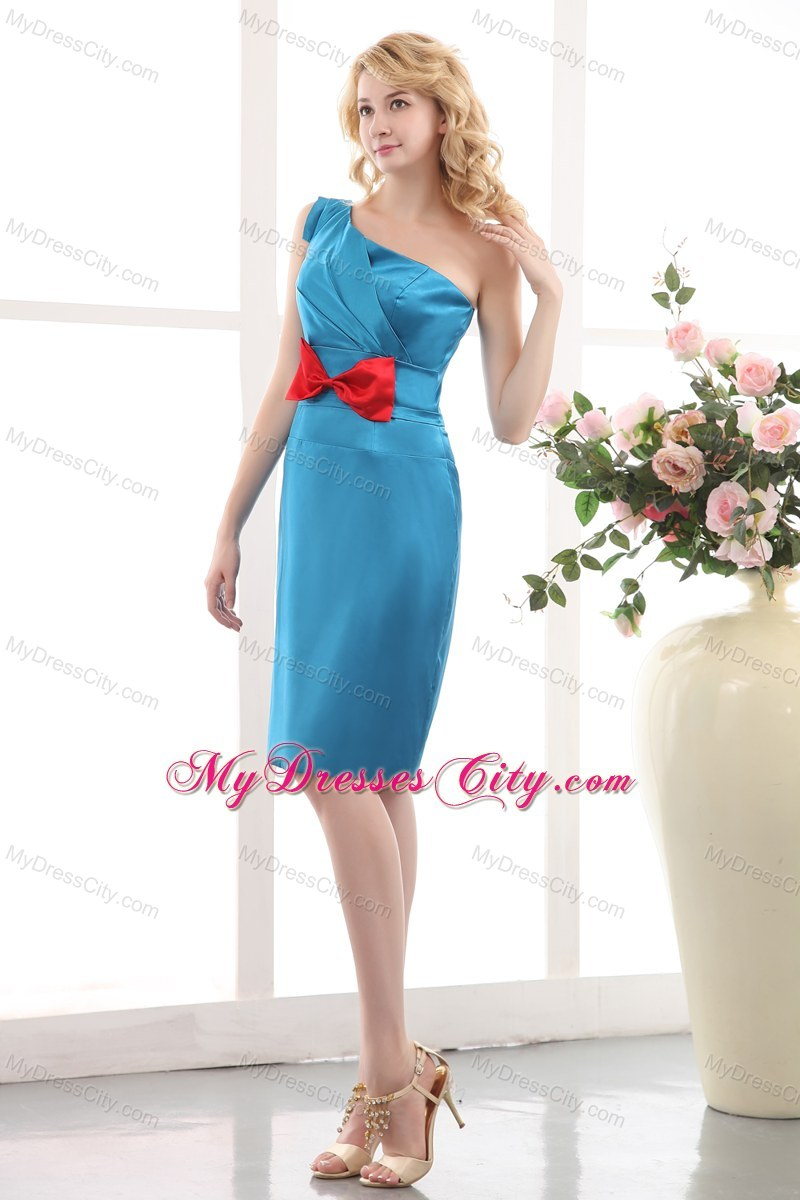Blue One Shoulder Sheathy Mini Maid of Honor Dress with Red Bowknot