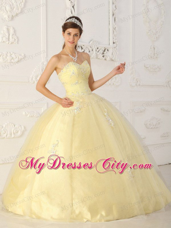 Tulle Appliques Sweetheart Light Yellow Quinceanera
