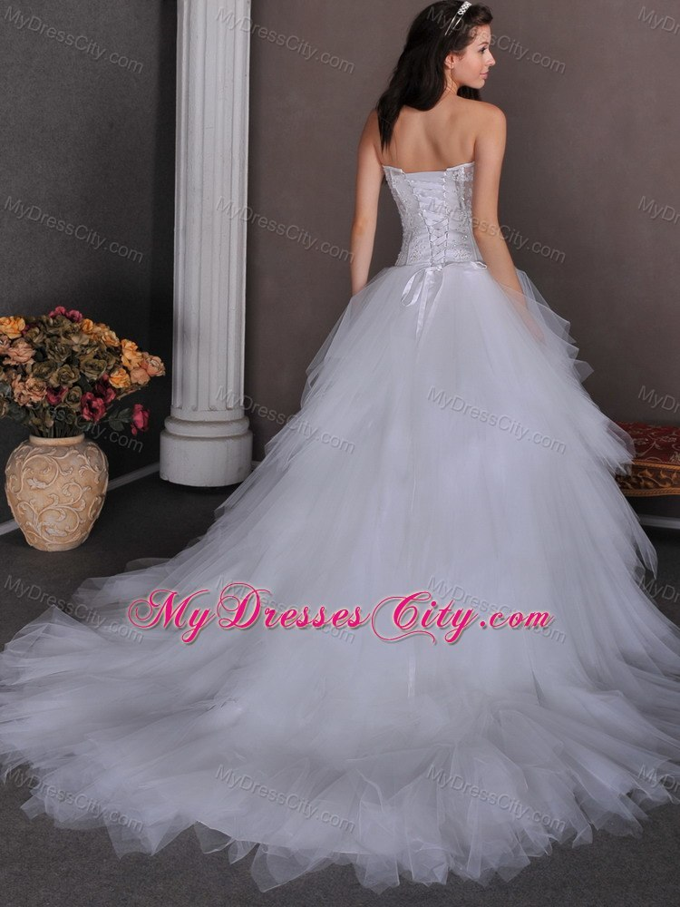 Cheap a line strapless tulle appliques wedding dress with for Average wedding dress budget
