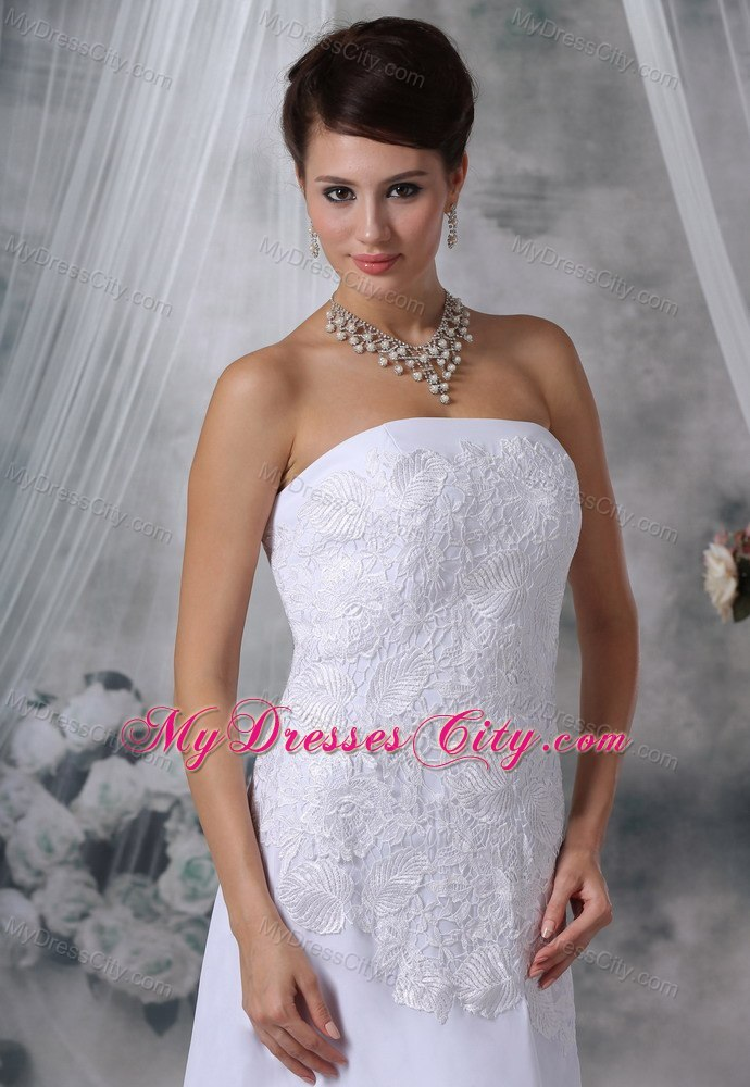 Lace Decorated Bodice Strapless Court Train Wedding Dress