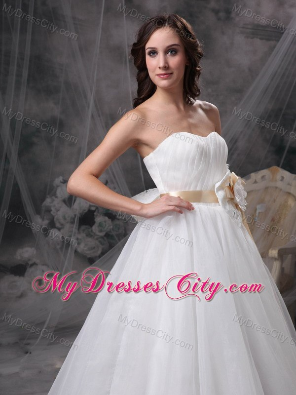 Organza bowknot flowers sash for a line cheap wedding for Average wedding dress budget
