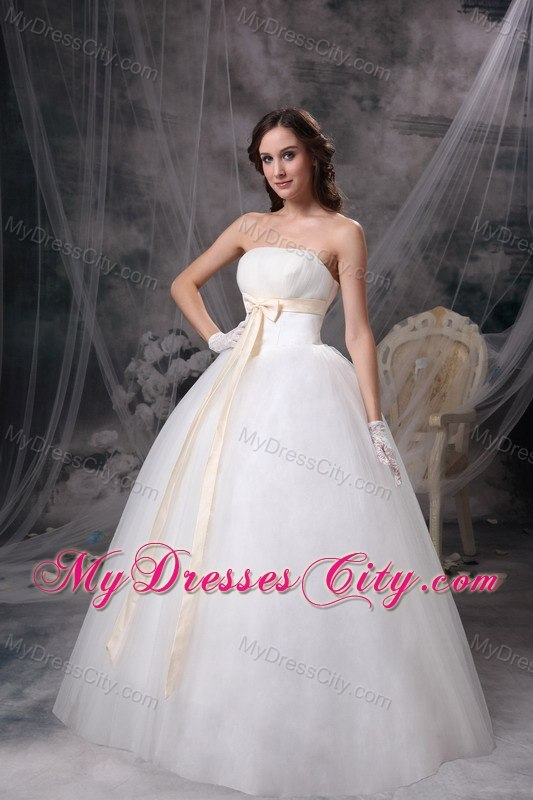 Cheap simple strapless organza wedding bridal gowns with for Cheap champagne wedding dresses