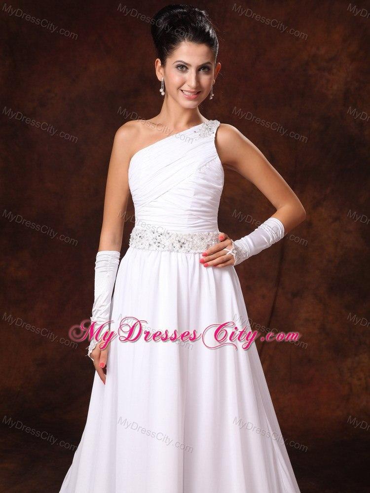 One shoulder beaded waist court train garden wedding dress for Wedding dress large bust small waist