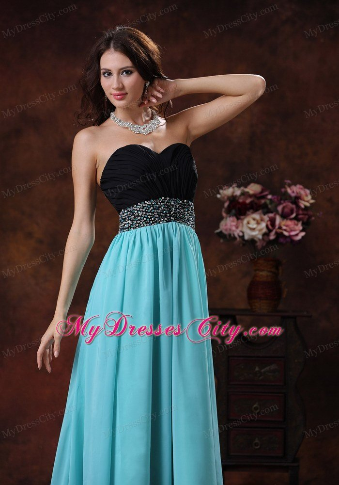 latest-prom-dresses-ffxd090507-6.jpg
