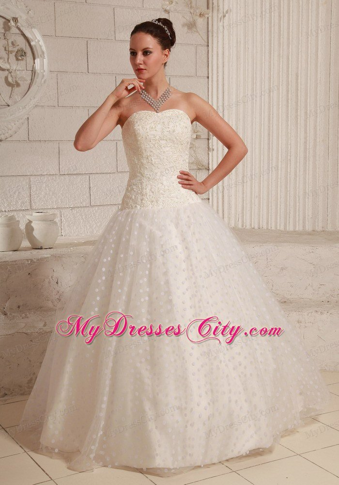 Special Tulle Strapless Appliques Polka Dot Wedding Dress Floor-length