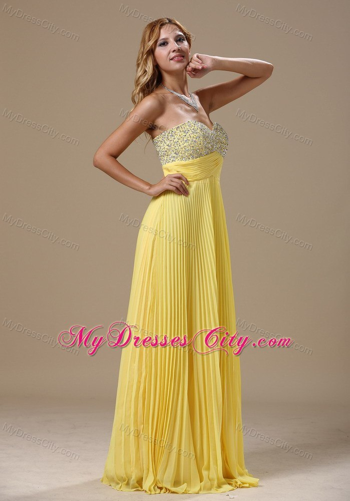 Yellow Sweetheart Beading 2013 Prom Dress With Pleats